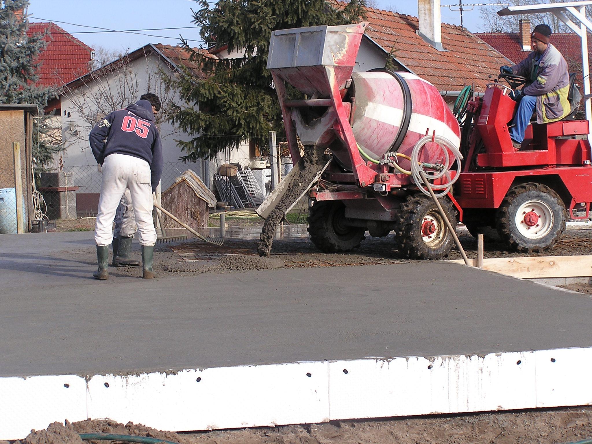 Vasalt betonlemez készítése